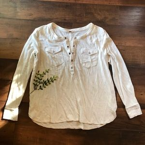 Free People white pearl snap henley size small